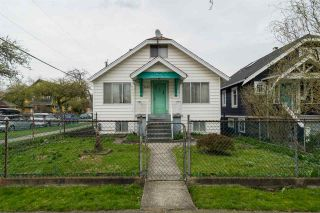 "Photo 13: 2203 GRANT Street in Vancouver: Grandview VE House for sale in ""Commercial Drive/Grandview"" (Vancouver East)  : MLS®# R2151920"