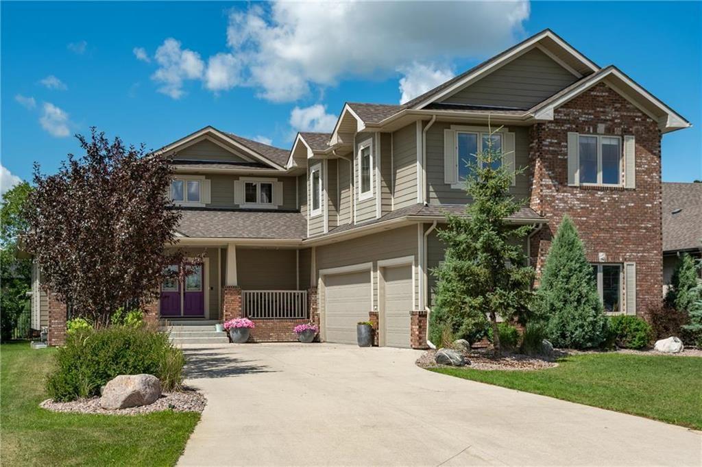 Main Photo: 51 Mossy Oaks Cove in Winnipeg: The Oaks Residential for sale (5W)  : MLS®# 202017866