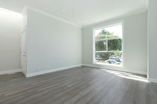 Photo 4: 268 E 9TH Street in North Vancouver: Central Lonsdale 1/2 Duplex for sale : MLS®# R2202728