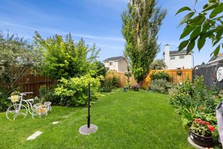 Photo 2: 18 Martindale Drive NE in Calgary: Martindale Detached for sale : MLS®# A1143269