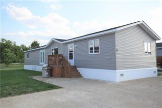 Photo 1: 15 TIMBER Lane in St Clements: Pineridge Trailer Park Residential for sale (R02)  : MLS®# 1907902
