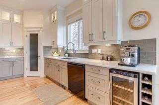 Photo 6: 208 SIGNATURE Point(e) SW in Calgary: Signal Hill House for sale : MLS®# C4141105