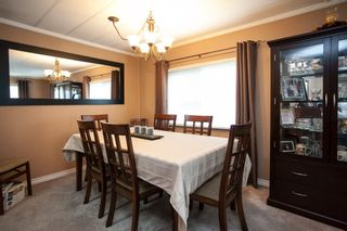 """Photo 5: 138 1840 160 Street in Surrey: King George Corridor Manufactured Home for sale in """"BREAKAWAY BAYS"""" (South Surrey White Rock)  : MLS®# R2010007"""