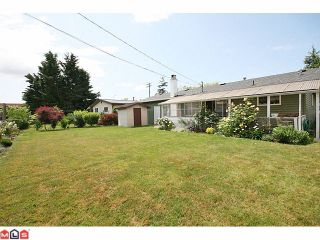 Photo 2: 6022 175A Street in Surrey: Cloverdale BC House for sale (Cloverdale)  : MLS®# F1102917
