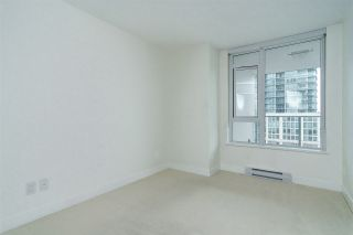 """Photo 12: 903 668 COLUMBIA Street in New Westminster: Quay Condo for sale in """"Trapp & Holbrook"""" : MLS®# R2292147"""