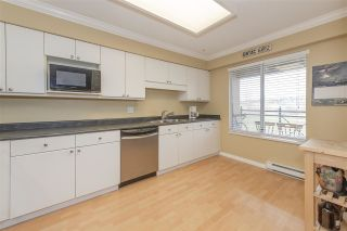 "Photo 7: 322 3 RIALTO Court in New Westminster: Quay Condo for sale in ""The Rialto"" : MLS®# R2439539"
