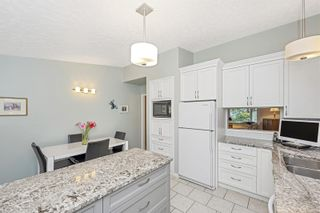 Photo 13: 1670 Barrett Dr in North Saanich: NS Dean Park House for sale : MLS®# 886499