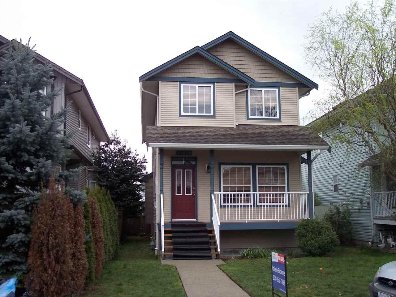 "Main Photo: 34628 7TH Avenue in Abbotsford: Poplar House for sale in ""Huntingdon Village"" : MLS®# R2048868"