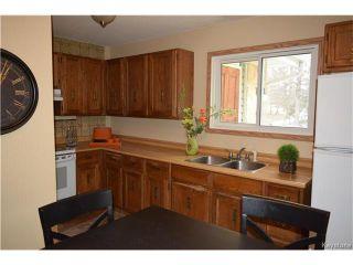 Photo 7: 27 Lake Albrin Bay in Winnipeg: Waverley Heights Residential for sale (1L)  : MLS®# 1706470