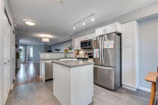 Photo 8: 215 15210 PACIFIC Avenue: White Rock Condo for sale (South Surrey White Rock)  : MLS®# R2622740