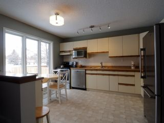 Photo 7: 49 Armstrong Street in Portage la Prairie: House for sale : MLS®# 202029785