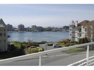 Photo 15: 212 68 Songhees Rd in VICTORIA: VW Songhees Condo for sale (Victoria West)  : MLS®# 499543