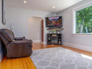 Photo 6: 25 Blenheim Avenue in Winnipeg: St Vital Residential for sale (2D)  : MLS®# 202115199