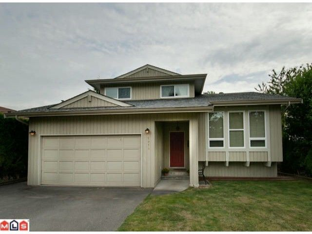 Main Photo: 5014 207TH Street in Langley: Langley City House for sale : MLS®# F1224030