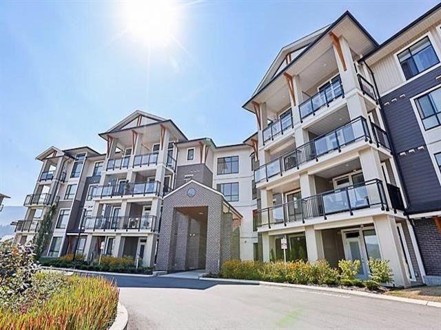 "Main Photo: 302 45761 STEVENSON Road in Chilliwack: Sardis East Vedder Rd Condo for sale in ""Park Ridge"" (Sardis)  : MLS®# R2584973"