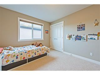 Photo 26: 14 ROCKFORD Road NW in Calgary: Rocky Ridge House for sale : MLS®# C4048682
