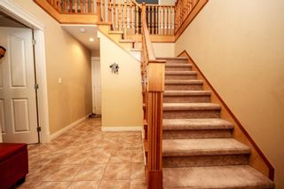 Photo 3: 14297 103A Avenue in Surrey: Whalley House for sale (North Surrey)  : MLS®# R2122584