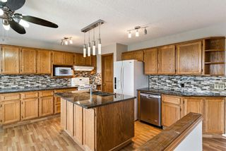 Photo 11: 319 Eldorado Place NE in Calgary: Monterey Park Detached for sale : MLS®# A1114122