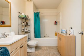 """Photo 30: 2837 BOXCAR Street in Abbotsford: Aberdeen House for sale in """"West Abby Station"""" : MLS®# R2448925"""
