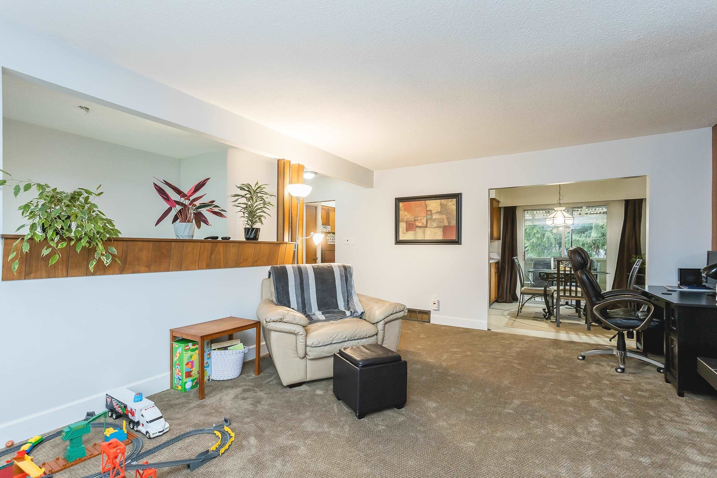 Photo 19: Photos: 3260 ULSTER Street in Port Coquitlam: Lincoln Park PQ House for sale : MLS®# R2613283