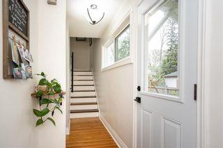 Photo 3: 530 Oakenwald Avenue in Winnipeg: Wildwood Residential for sale (1J)  : MLS®# 202112079