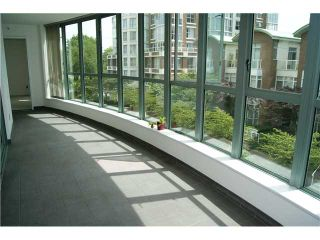 """Photo 4: 309 1188 QUEBEC Street in Vancouver: Mount Pleasant VE Condo for sale in """"CITY GATE"""" (Vancouver East)  : MLS®# V857951"""