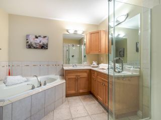 """Photo 18: 24 36260 MCKEE Road in Abbotsford: Abbotsford East Townhouse for sale in """"King's Gate"""" : MLS®# R2501750"""