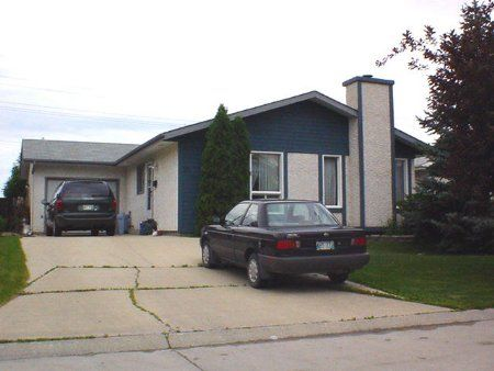 Main Photo: 51 Blackwater Bay: Residential for sale (South St. Vital)