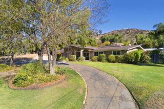 Photo 2: SAN DIEGO House for sale : 4 bedrooms : 11155 Oakcreek Dr in Lakeside
