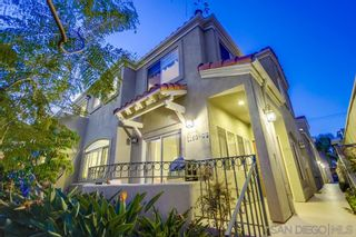 Photo 3: PACIFIC BEACH Townhouse for sale : 3 bedrooms : 1160 Pacific Beach Dr in San Diego