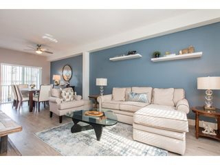 """Photo 3: 24 34230 ELMWOOD Drive in Abbotsford: Central Abbotsford Townhouse for sale in """"Ten Oaks"""" : MLS®# R2466600"""
