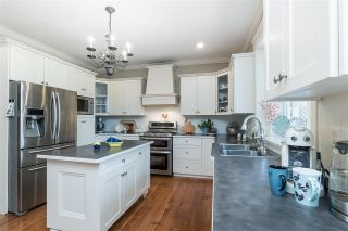 Photo 5: 2236 MADRONA Place in Surrey: King George Corridor House for sale (South Surrey White Rock)  : MLS®# R2382788