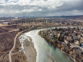 Photo 1: 2 6124 Bowness Road in Calgary: Bowness Row/Townhouse for sale : MLS®# A1114924