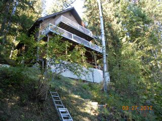 Photo 17: 3030 Vickers Trail in Anglemont: North Shuswap House for sale (Shuswap)  : MLS®# 10054853