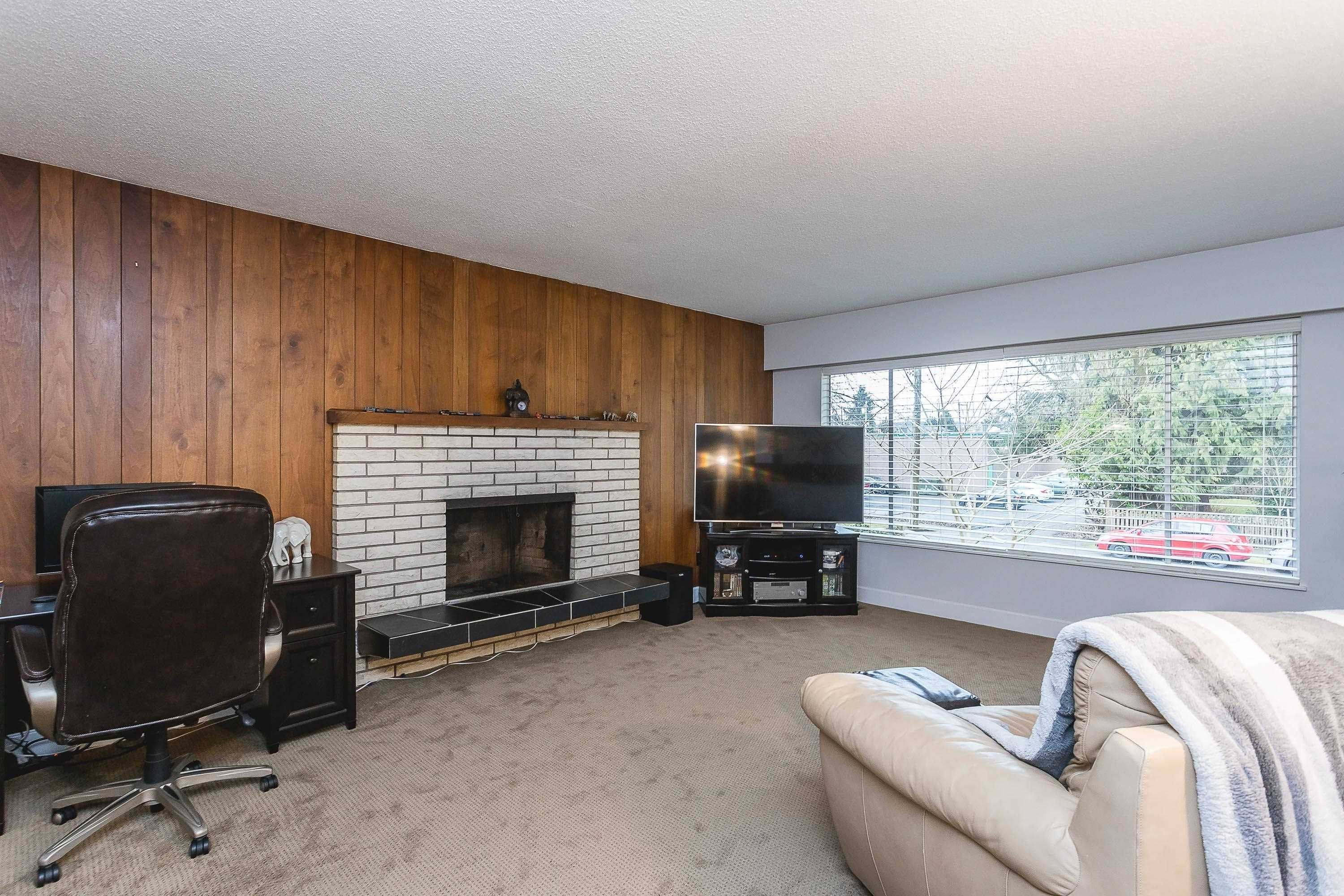 Photo 16: Photos: 3260 ULSTER Street in Port Coquitlam: Lincoln Park PQ House for sale : MLS®# R2613283