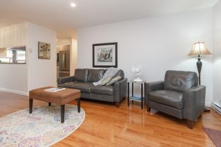 Photo 5: 3 4120 Interurban Rd in : SW Strawberry Vale Row/Townhouse for sale (Saanich West)  : MLS®# 856425