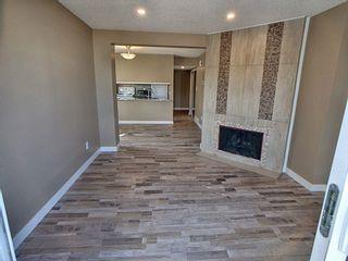 Photo 2: 257 Lancaster Terrace in Edmonton: Zone 27 Townhouse for sale : MLS®# E4256171