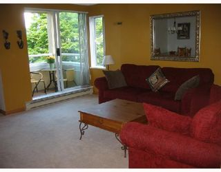 """Photo 2: 213 1890 W 6TH Avenue in Vancouver: Kitsilano Condo for sale in """"HERITAGE AT CYPRESS"""" (Vancouver West)  : MLS®# V660444"""