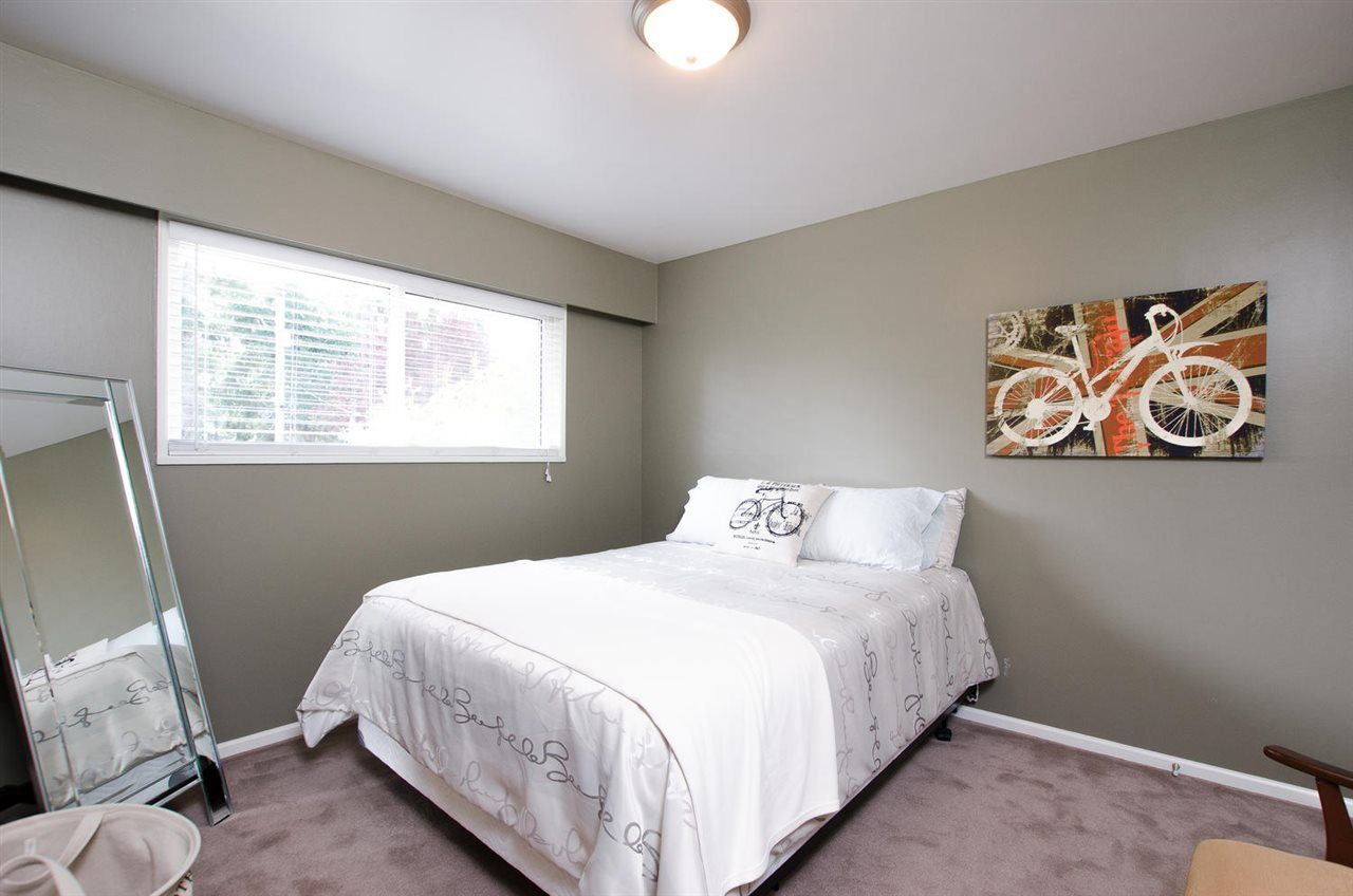 Photo 12: Photos: 5466 7B Avenue in Delta: Tsawwassen Central House for sale (Tsawwassen)  : MLS®# R2483653