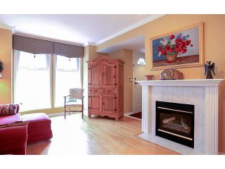 """Photo 3: 2 15432 16A Avenue in Surrey: King George Corridor Townhouse for sale in """"Carlton Court"""" (South Surrey White Rock)  : MLS®# F1449185"""