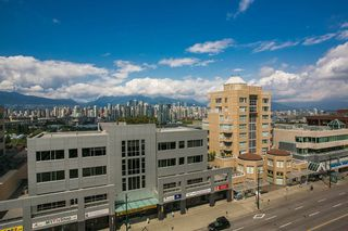 "Photo 15: 820 1268 W BROADWAY in Vancouver: Fairview VW Condo for sale in ""CITY GARDEN"" (Vancouver West)  : MLS®# R2074381"