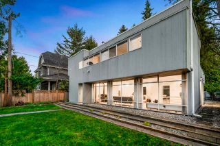 Photo 3: 3651 W 48TH Avenue in Vancouver: Southlands House for sale (Vancouver West)  : MLS®# R2566857