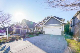 """Photo 1: 2327 CAMERON Crescent in Abbotsford: Abbotsford East House for sale in """"DEERWOOD ESTATES"""" : MLS®# R2531839"""