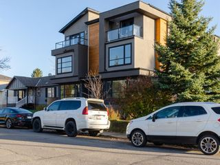 Main Photo: 1 411 25 Avenue NE in Calgary: Winston Heights/Mountview Row/Townhouse for sale : MLS®# A1154638