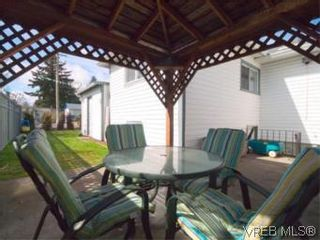 Photo 5: 1 2871 Peatt Rd in VICTORIA: La Langford Proper Row/Townhouse for sale (Langford)  : MLS®# 499885