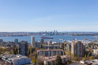 "Photo 13: 1704 112 13 Street in North Vancouver: Central Lonsdale Condo for sale in ""Centreview"" : MLS®# R2471080"