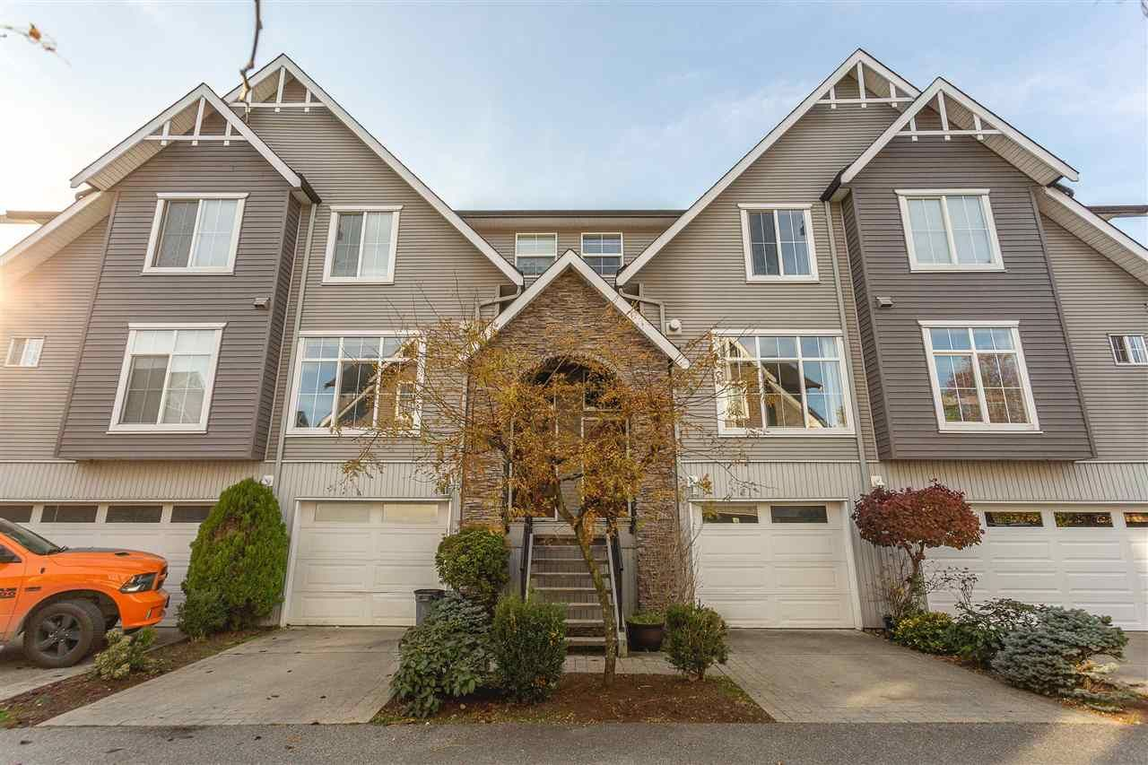 Main Photo: 41 8881 WALTERS STREET in Chilliwack: Chilliwack E Young-Yale Townhouse for sale : MLS®# R2418482