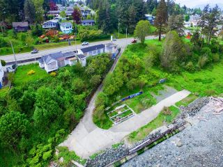 Photo 3: 391 Island Hwy in CAMPBELL RIVER: CR Campbell River Central Multi Family for sale (Campbell River)  : MLS®# 798796