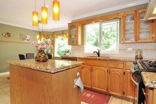 Photo 6: 2807 RAMBLER WAY in Coquitlam: Scott Creek House for sale : MLS®# R2178709