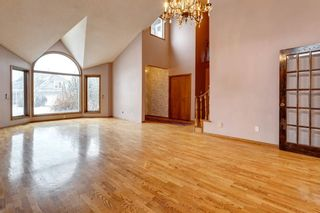Photo 11: 503 Woodbriar Place SW in Calgary: Woodbine Detached for sale : MLS®# A1062394